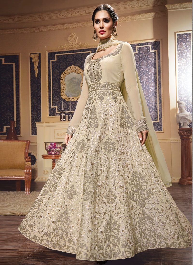 Observable Embroidery Work Long Length Wedding Salwar Suit