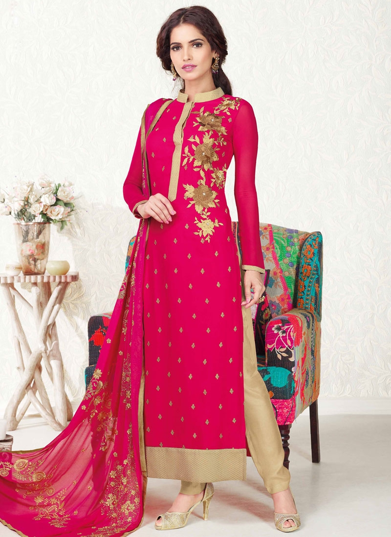 Observable Resham And Stone Work Pakistani Salwar Suit