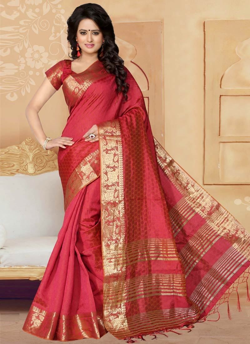 Piquant Crimson Color Casual Saree