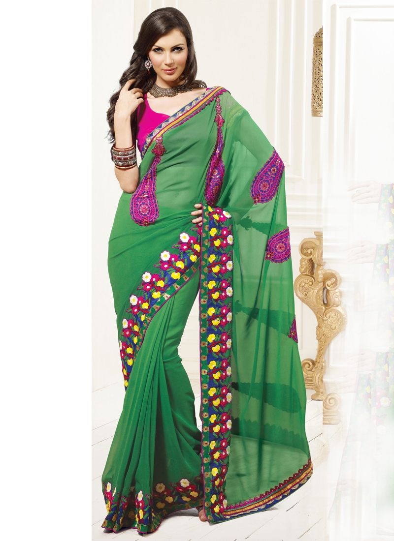 Pleasing Booti Enhanced Party Wear Saree