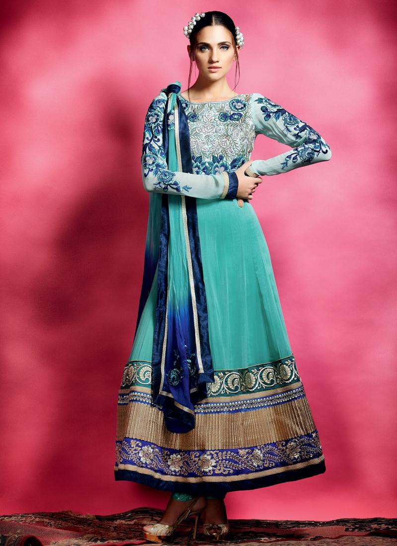Pleasing Patch Enhanced Anarkali Salwar Suit