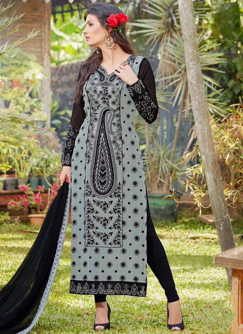 Praiseworthy Black And Grey Color Pakistani Salwar Suit