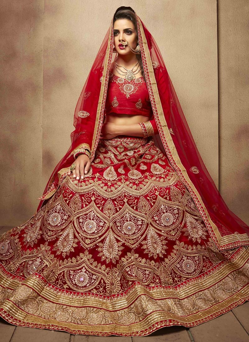 Prodigious Booti And Lace Work Bridal Lehenga Choli