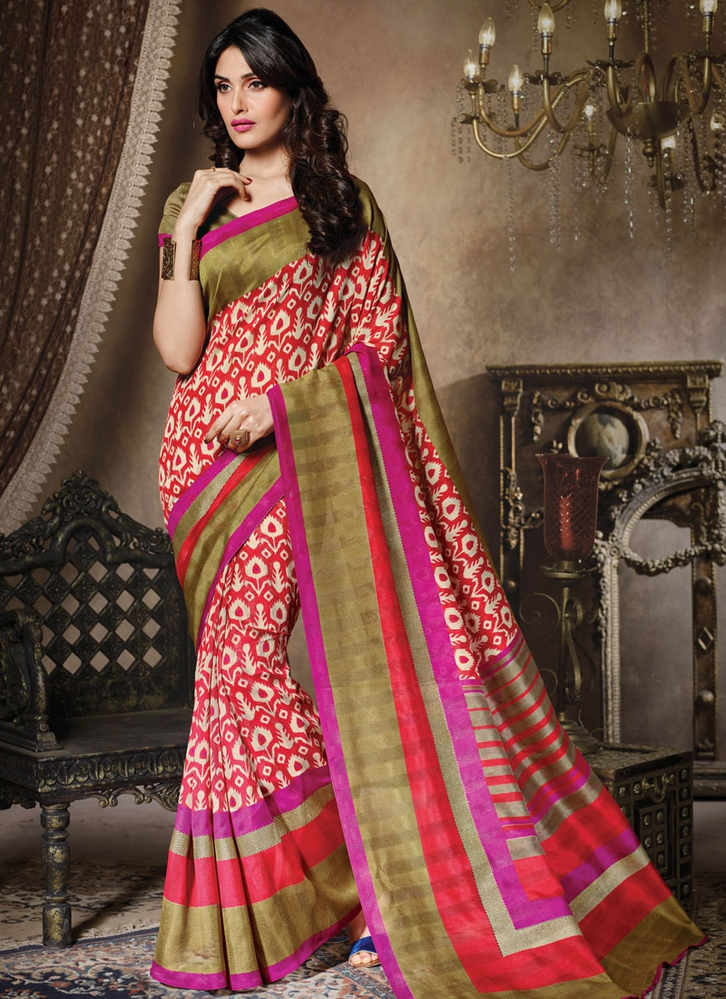 Prodigious Tomato And Cream Color Casual Saree