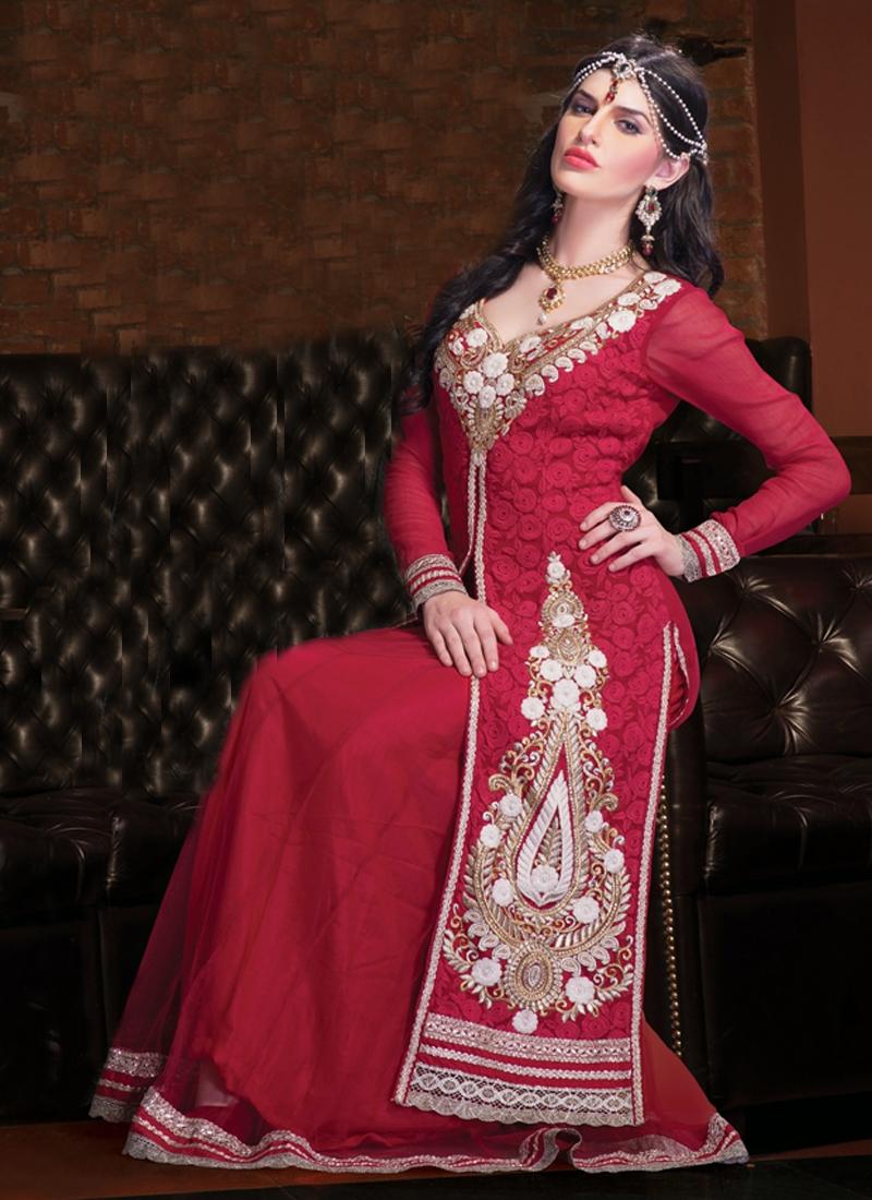 Ravishing Resham Enhanced Designer Salwar Kameez