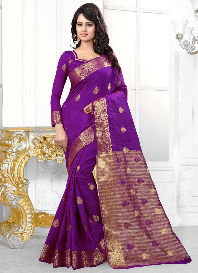 Renowned Banarasi Silk Resham Work Party Wear Saree