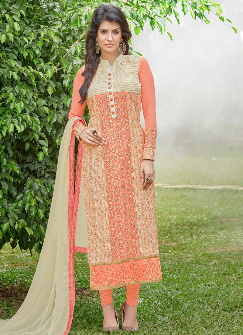 Renowned Embroidery Work Pakistani Salwar Suit