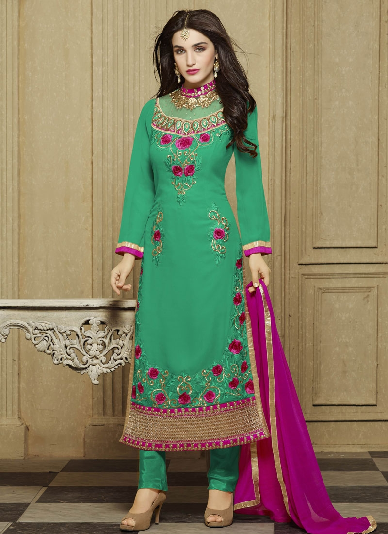 Renowned Faux Georgette Party Wear Salwar Kameez