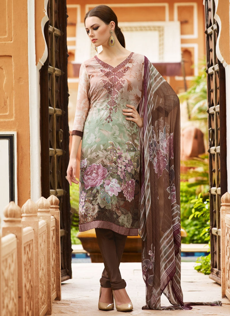 Renowned Resham Work Churidar Salwar Kameez
