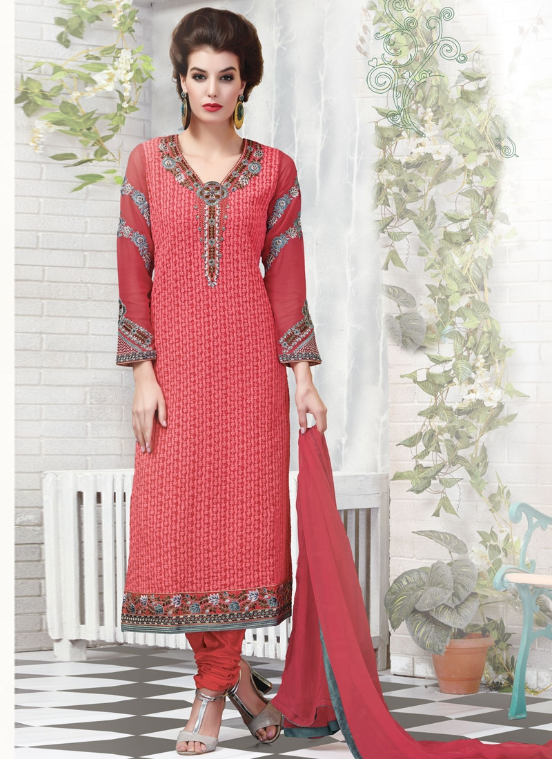 Renowned Tomato Color Lace Work Pakistani Salwar Suit