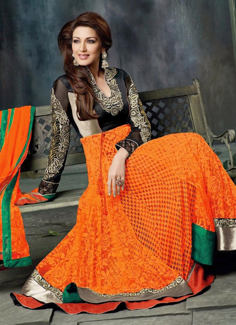 Resham Enhanced Sonali Bendre Bollywood Suit