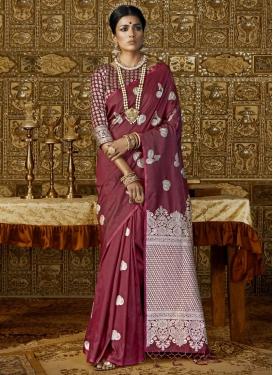 Resham Work Handloom Silk Trendy Classic Saree
