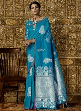 Resham Work Handloom Silk Trendy Saree For Festival