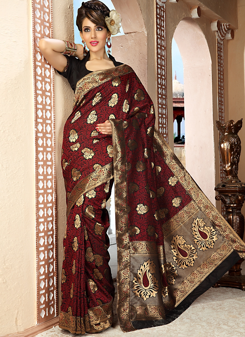Riveting Brown And Maroon Color Saree