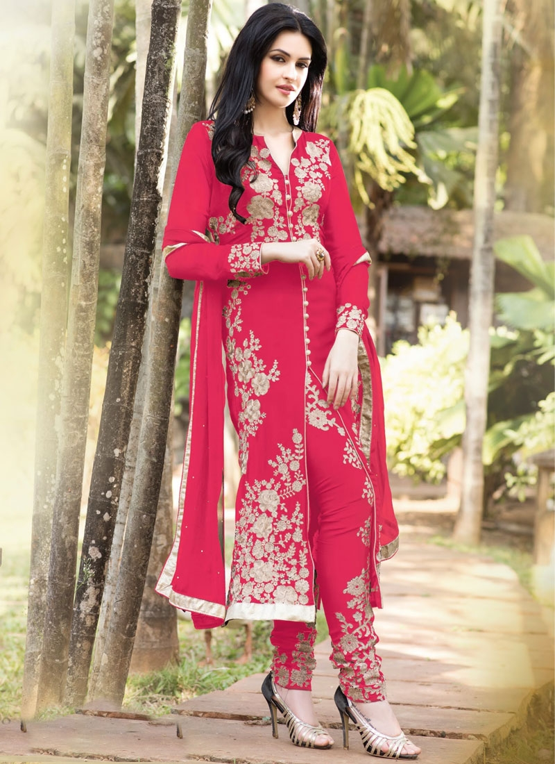 Scintillating Booti And Stone Work Designer Salwar Kameez