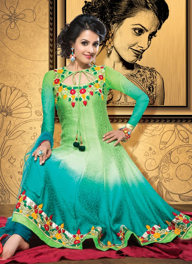 Scintillating Floral Work Anarkali Salwar Kameez