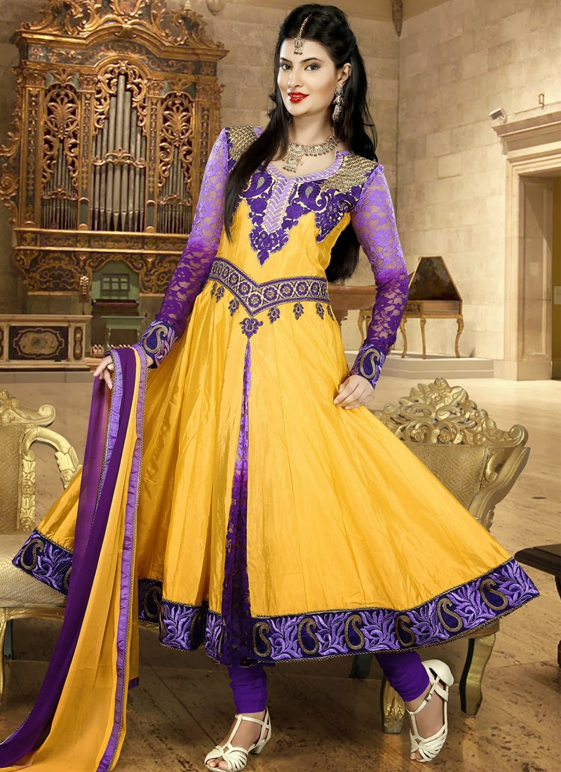 Scintillating Karachi Enhanced Anarkali Suit