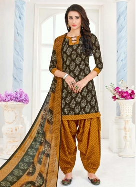 Semi Patiala Salwar Kameez For Casual