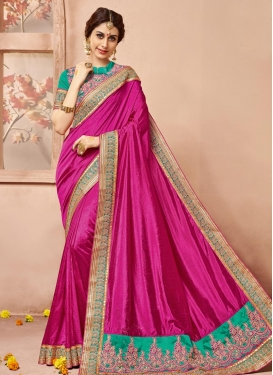 Sensible  Lace Work Designer Contemporary Style Saree For Ceremonial