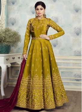 Shamita Shetty Embroidered Work Floor Length Anarkali Suit