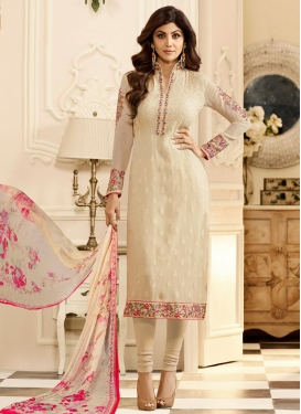 Shilpa Shetty Trendy Salwar Kameez For Festival