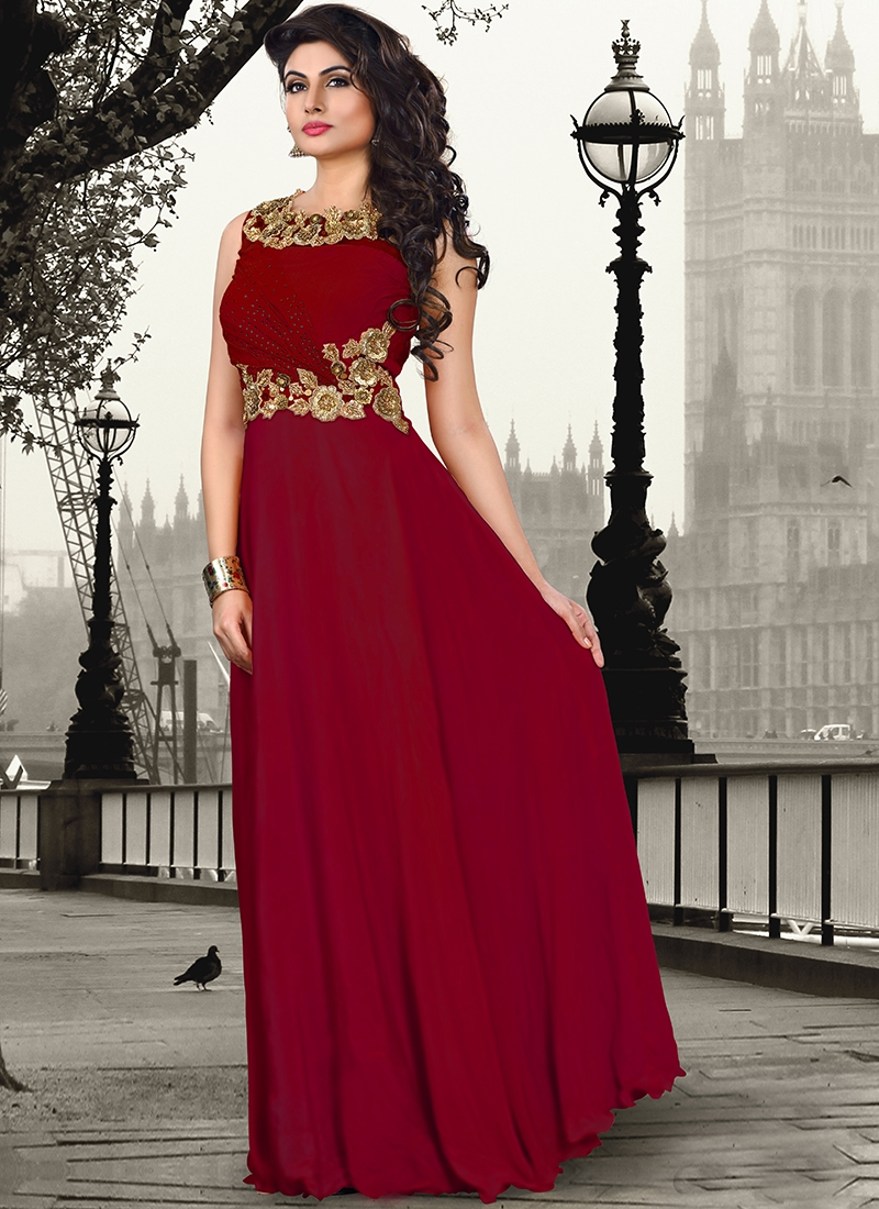 Sightly Crepe Silk Party Wear Readymade Gown