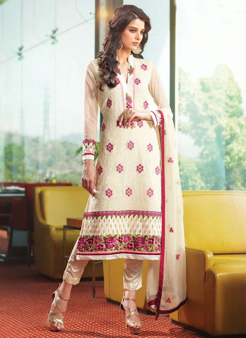 Sightly Floral And Cut Work Pant Style Party Wear Salwar Kameez