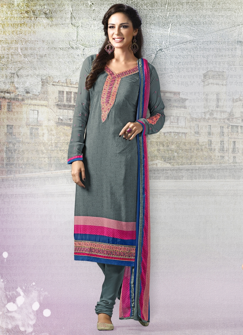Snazzy Lace Work Churidar Salwar Suit