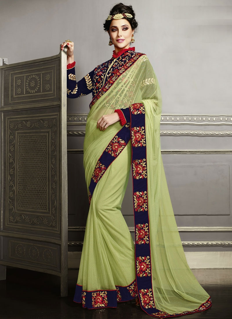 Sorcerous Booti And Stone Work Bridal Saree