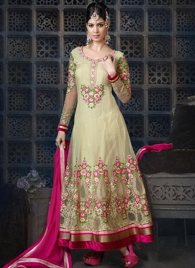 Sorcerous Booti Work Wedding Salwar Kameez