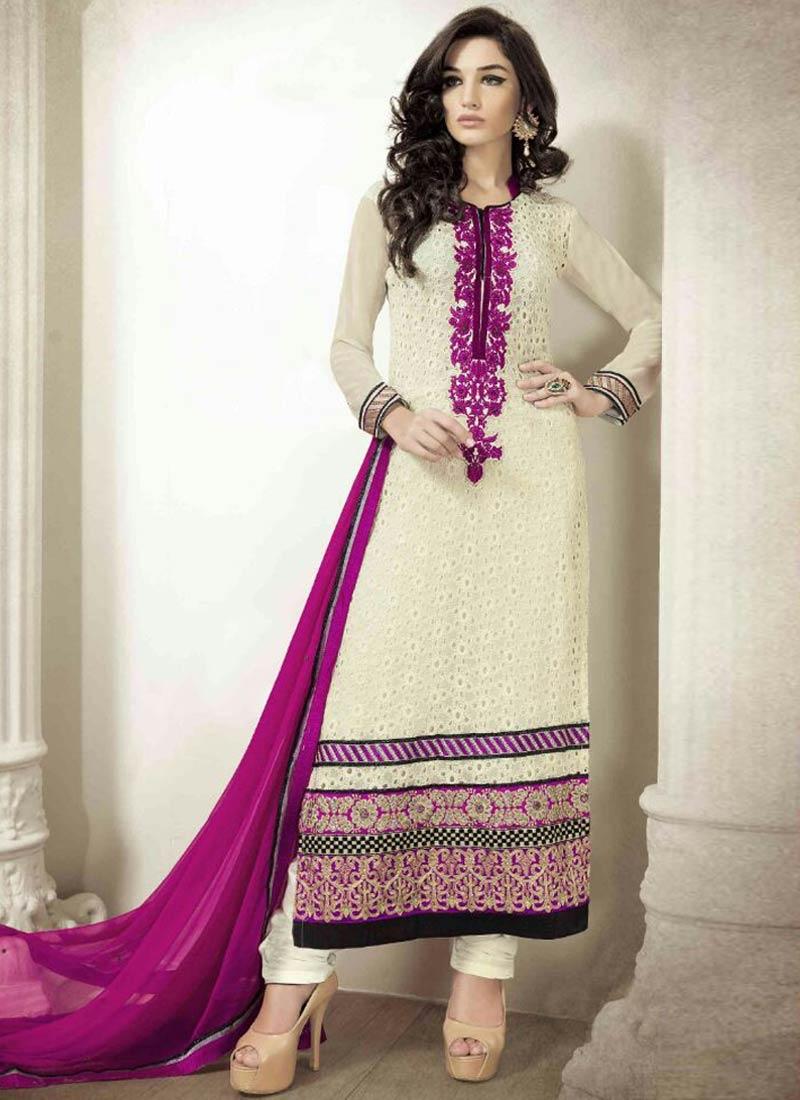 Specialised Faux Georgette Pakistani Salwar Kameez