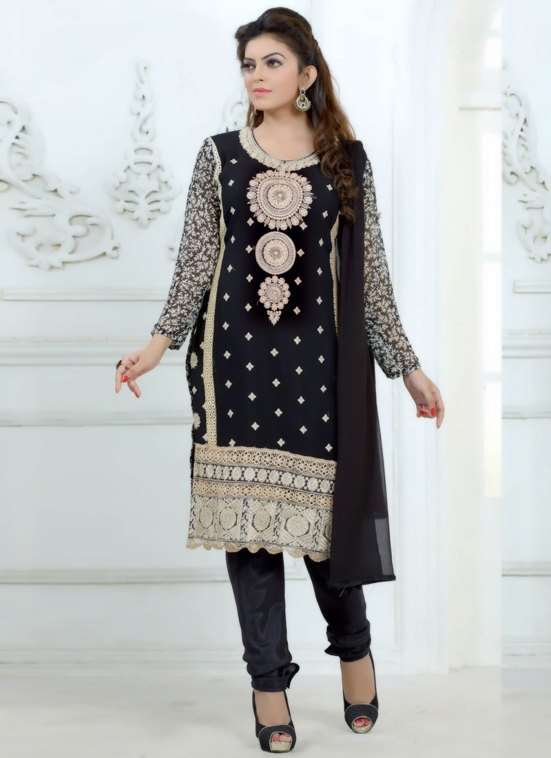 Specialised Lace Work Casual Salwar Suit