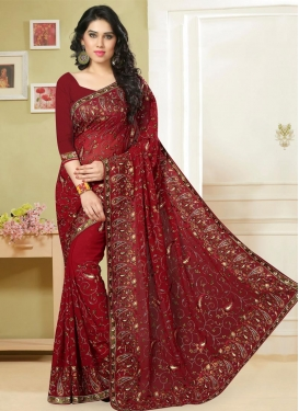 Spectacular Trendy Classic Saree For Festival