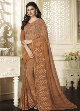 Staring Contemporary Saree