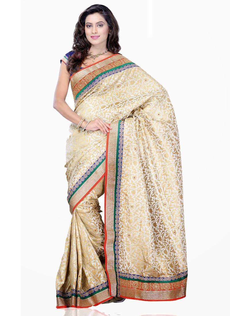 Stunning Kasab Enhanced Casual Saree