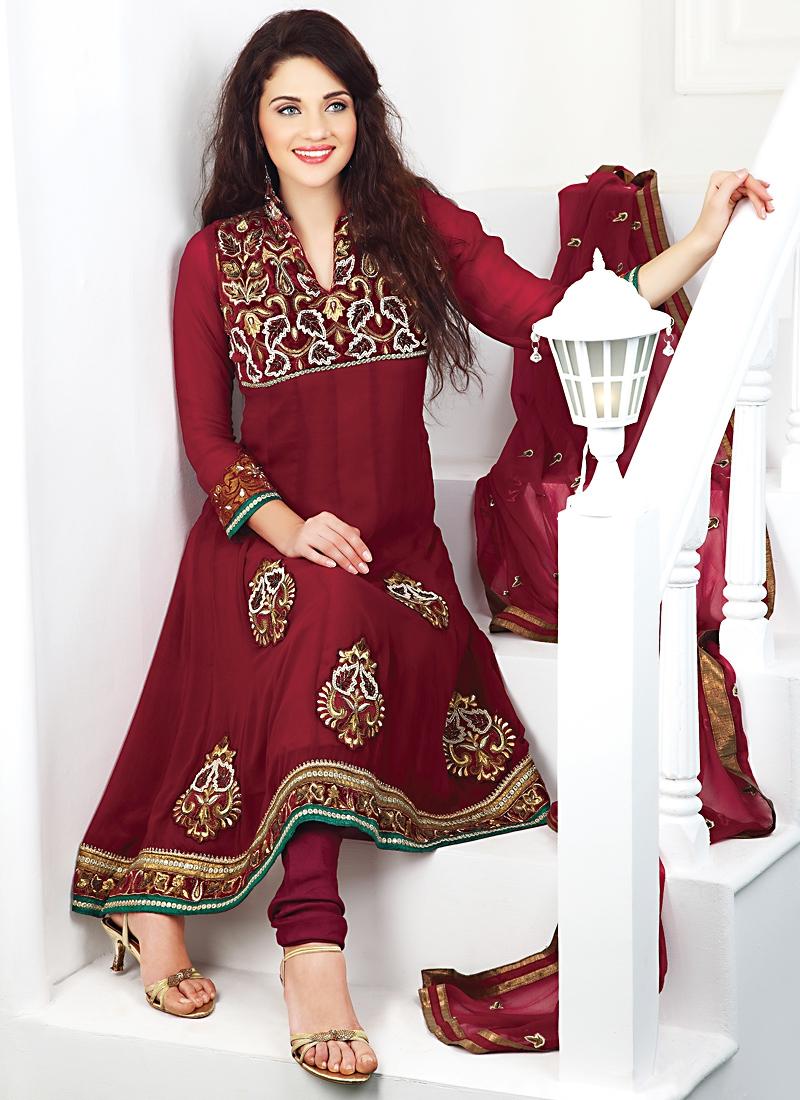 Stunning Resham And Sequins Work Salwar Suit