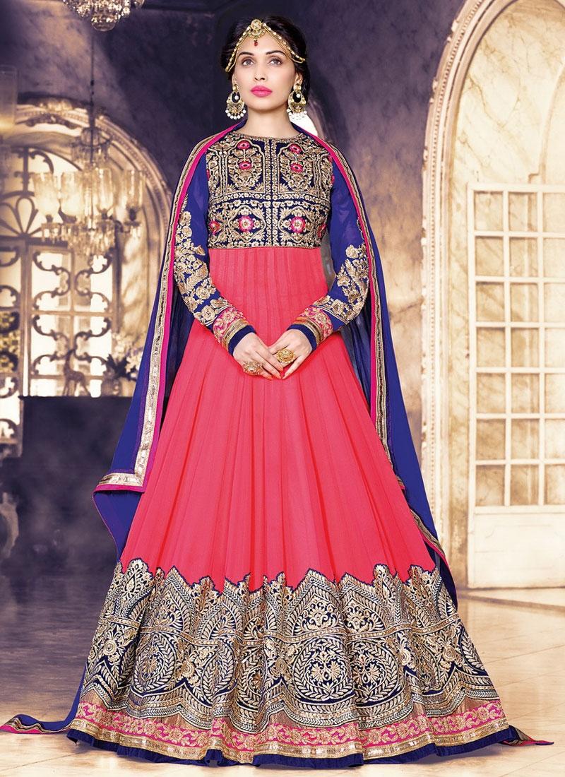 Sumptuous Embroidery Work Floor Length Wedding Salwar Suit