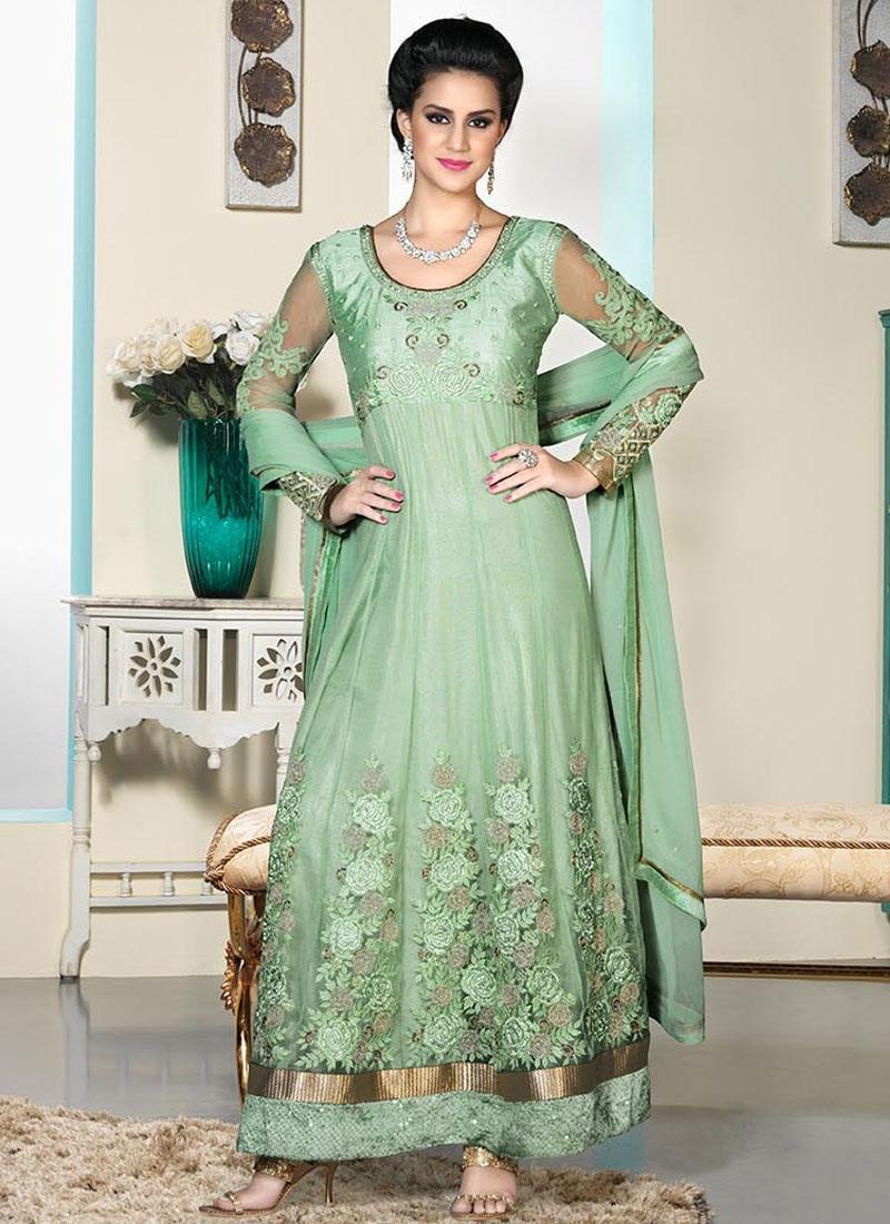 Sumptuous Resham Work Wedding Salwar Suit