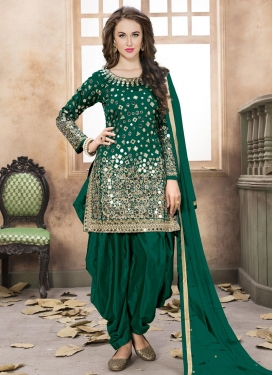 96b45faf4f Shop Punjabi Suits, Punjabi Salwar Suits Online UK, USA
