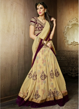Tantalizing Booti And Lace Work Wedding Lehenga Choli