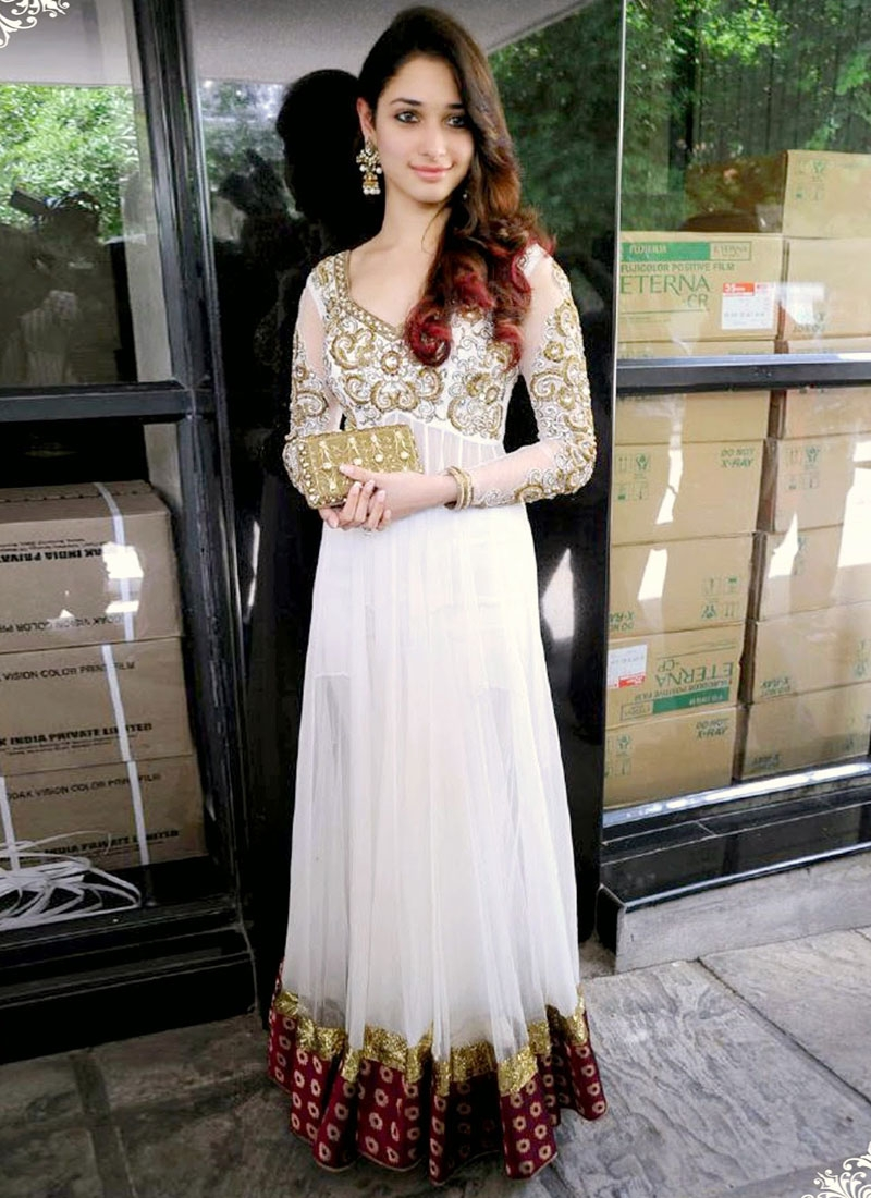 Tantalizing Burgundy And Off White Bollywood Salwar Suit