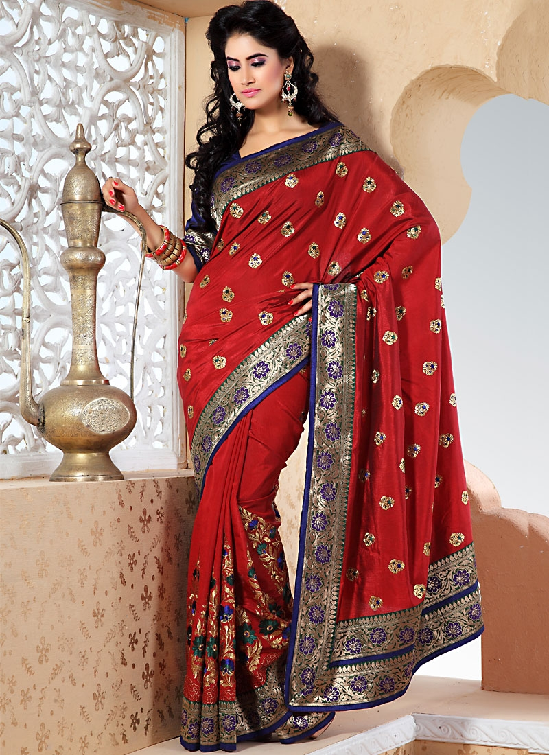 Tantalizing Red Color Fancy Saree