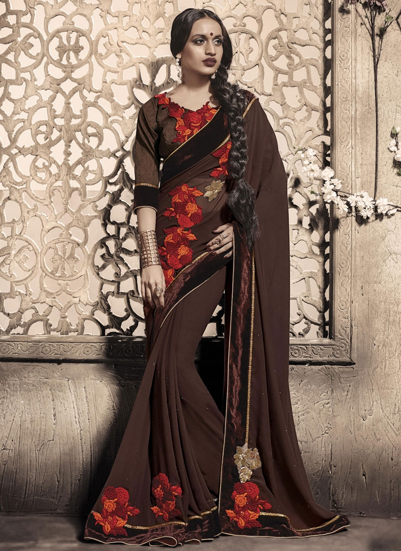 Tantalizing Velvet Patch Work Party Wear Saree