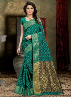 Thread Work Banarasi Silk Trendy Classic Saree For Ceremonial