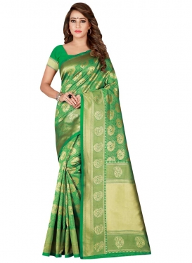 Thread Work Classic Saree For Casual