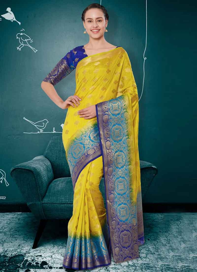 Thread Work Classic Saree For Ceremonial