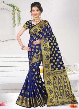 Thread Work Contemporary Style Saree