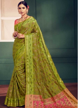 Thread Work Handloom Silk Contemporary Style Saree