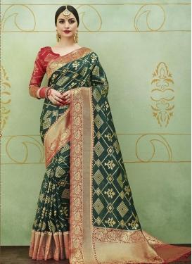 Thread Work Jacquard Silk Trendy Classic Saree For Ceremonial