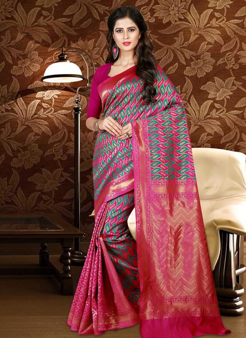Thread Work Trendy Saree For Festival